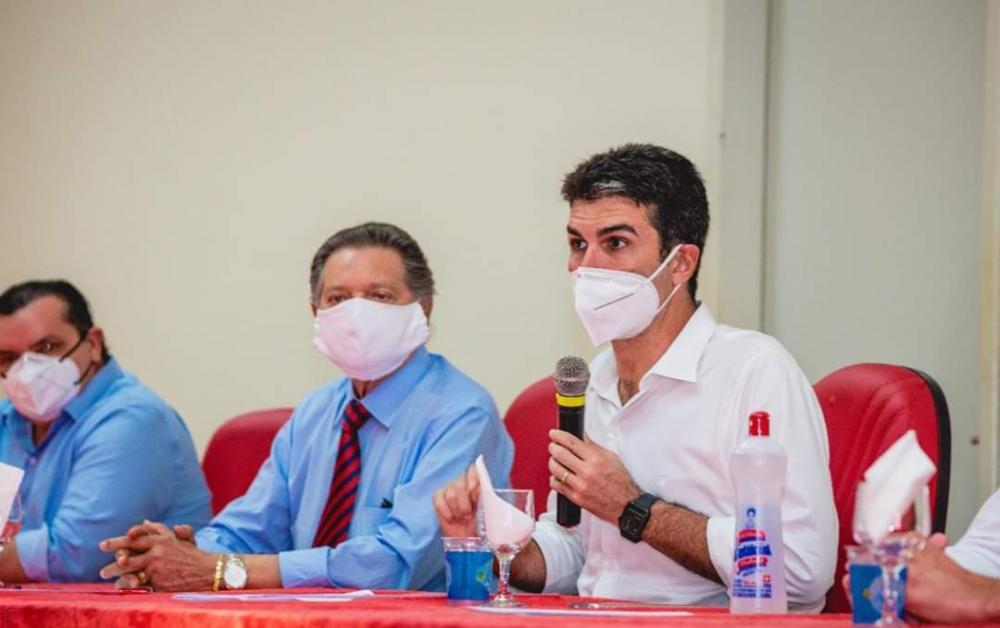Helder Barbalho, governador do Pará, ao lado do Prefeito de Altamira, Domingos Juvenil. | Foto: Divulgação / Ascom PMA
