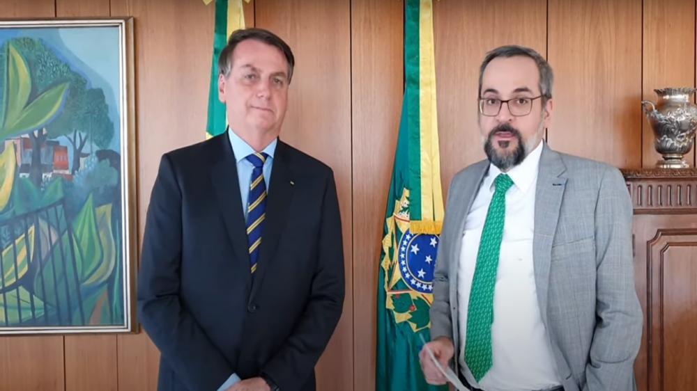 Ministro Abraham Weintraub, da Educação, anuncia saída do cargo