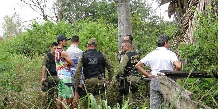 Adolescente foi encontrado pendurado em uma árvore, enforcado e sem as roupas. | Foto: Folha do Progresso / Reprodução