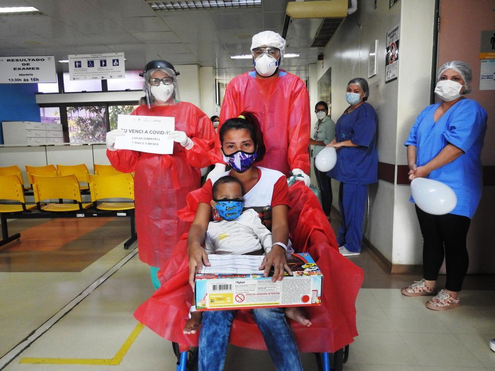 Criança de 1 ano e cinco meses vence a Covid-19 no Hospital Regional Público da Transamazônica