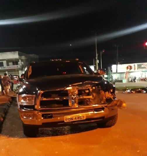 Batida entre moto e carro deixa duas pessoas mortas em Altamira