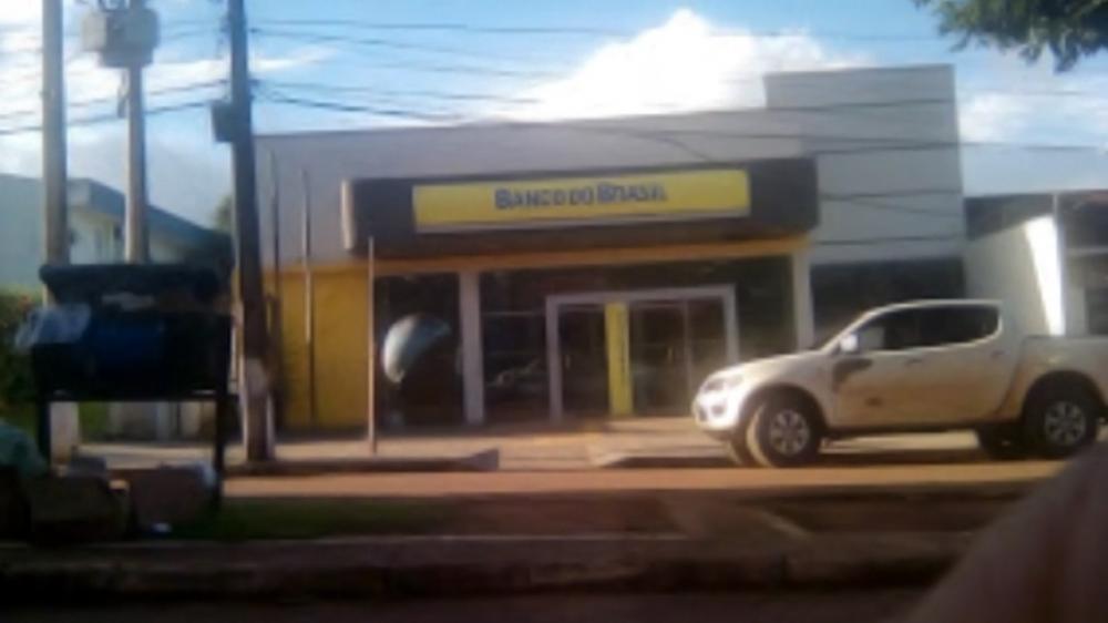 Criminosos tentam invadir agência bancária em Brasil Novo