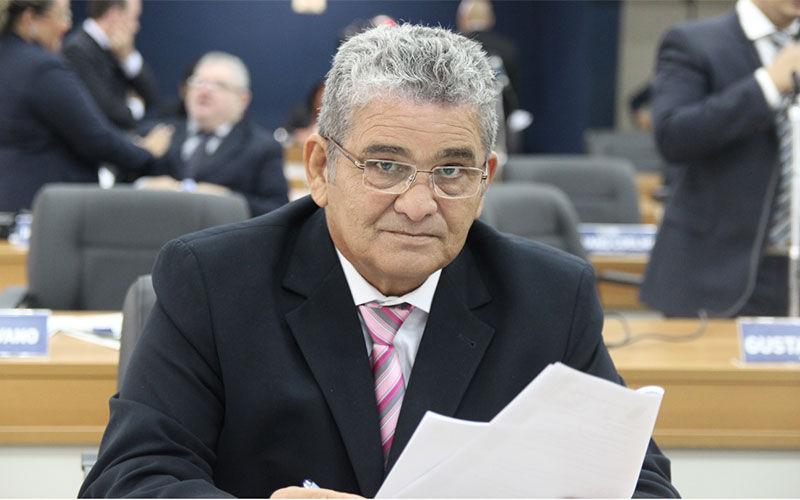 O Grupo RBA decidiu afastar o apresentador de suas funções após declarações na Câmara Municipal de Belém.   Divulgação/CMB