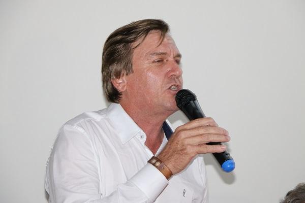 Justiça reintegra o prefeito de Brasil Novo ao cargo