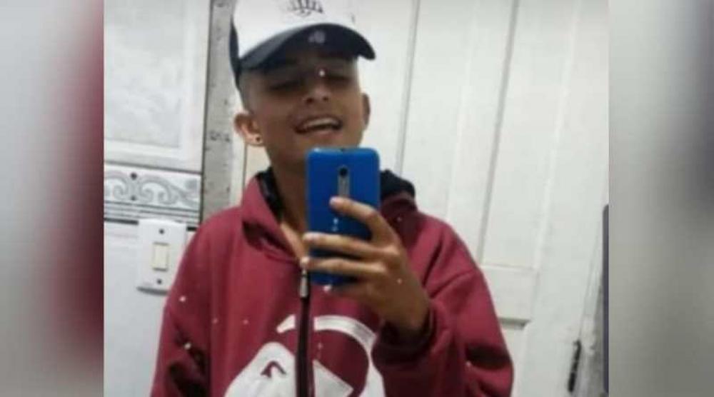 Jovem de 18 anos morre por descarga elétrica enquanto usava fone conectado à celular ligado na tomada em Paragominas. (Foto: Reprodução)