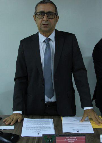 Edvam Duarte assume cadeira de vereador em Altamira